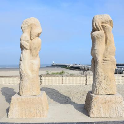 Visit-Nieuwpoort The reconciliation by Willem Vermandere